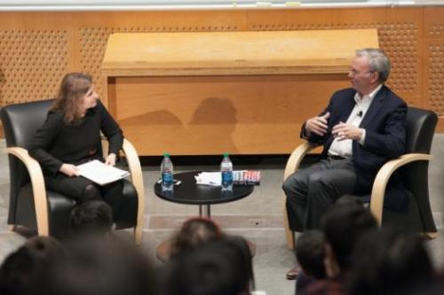 Eric Schmidt visits MIT to discuss computing, artificial intelligence, and the future of technology